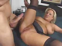 Mature blonde babe tries to deep throat cock and then gets fucked