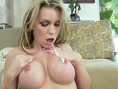 Courtney Cummz is the newest porn member of the silicone club and...