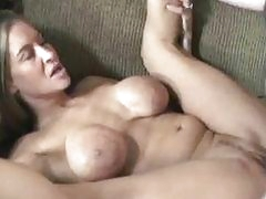 Petite Leeanna on her back and getting pounded