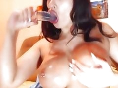 Hot Squirting Pierced Pussy HD