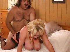 Ron Jeremy makes love to a mature buxom woman - Pt. 3/4