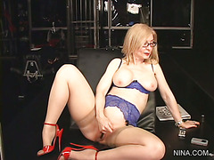 Lesson #15 - Nina Hartley's Blue Set