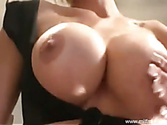MILF Mia Loves Pure Sex