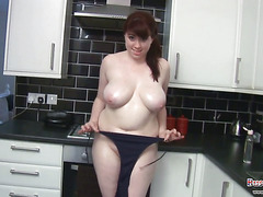 Kiki Oils Her Big Tits