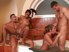 girls on fire 2 scene 1