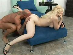 Big Tits Chick Fucked By Black Guy