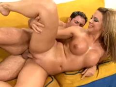 Brianna Beach Squirt And Jizz