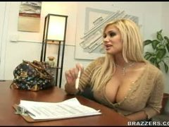 Shyla stylez fucks the car rep for a better deal