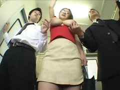 Girl on the subway gets groped