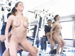 Perky tit chick sitting on cock in the gym